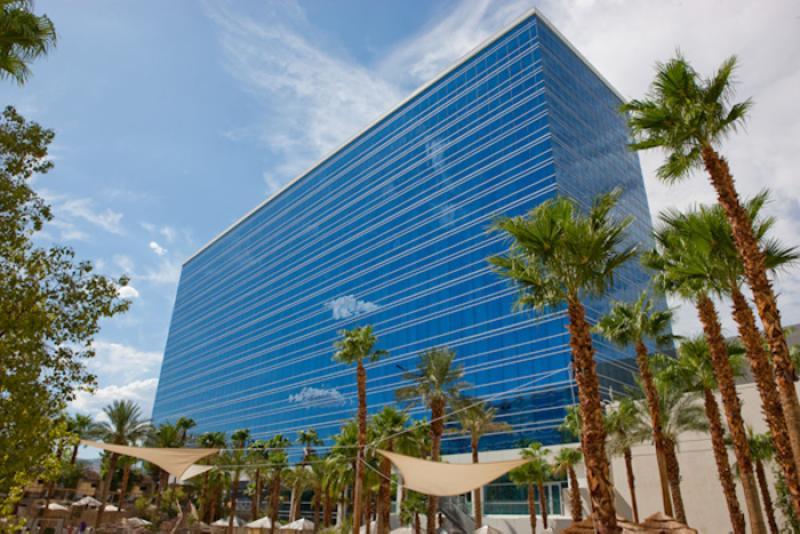 http://www.kayak.com/cimg/wp-content/uploads/2009/07/Hard-Rock-Hotel-Las-Vegas-Paradise-Tower.jpg