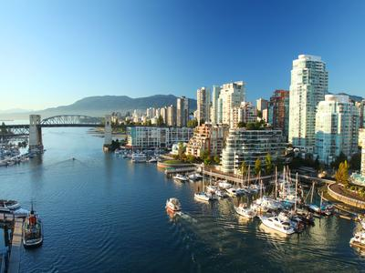Cheap Flights to Canada from $140 - KAYAK