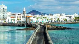 Find cheap flights from Chicago to Canary Islands