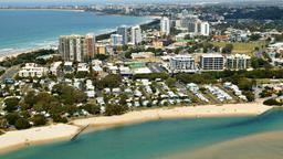 Find cheap flights from Santa Ana to Maroochydore