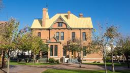 Phoenix hotels near Rosson House Museum