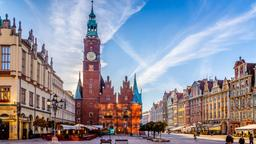 Wroclaw hotels near Wroclaw SPA Center