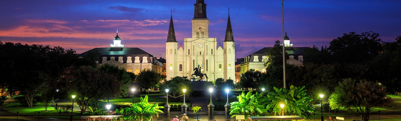 New Orleans - Shopping, Urban, Historic, Nightlife