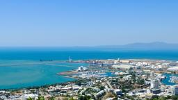 Find cheap flights from Chicago to Townsville