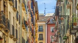 Find cheap flights from Reno to Pamplona
