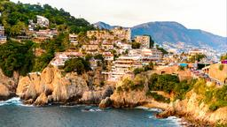 Find cheap flights from Chicago to Acapulco