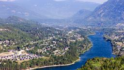 Find cheap flights from Baltimore to Castlegar
