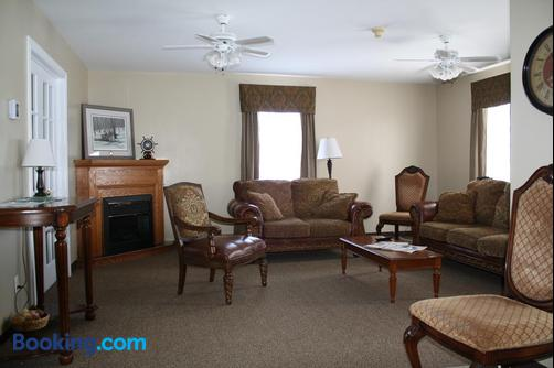 The Country Inn Motel - Gander