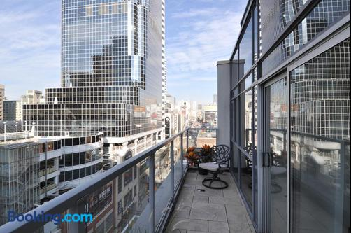 Yonge Suites Furnished Apartments - Toronto