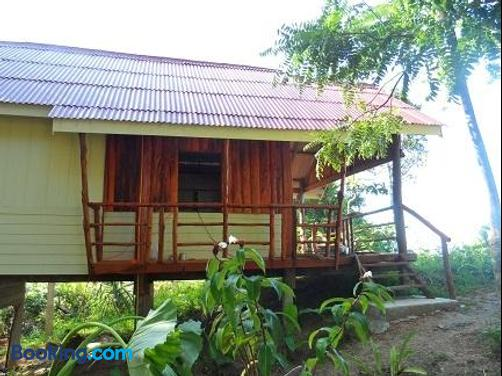 Jungle Hill Beach Bungalow - Ko Pu