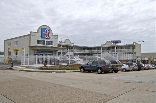 Motel 6 Washington DC - Convention Center - Washington - Building
