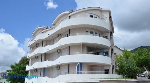 Apartments Bellevue - Otasevic - Igalo
