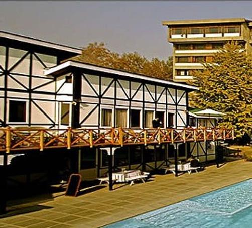 Hotel Broadway - Srinagar - Pool