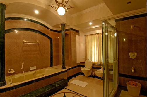 Bolgatty Palace & Island Resort - Kochi - Bathroom