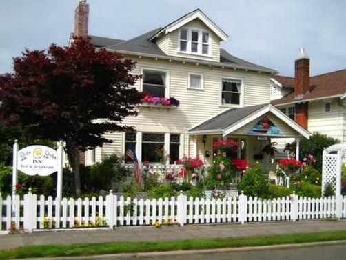 Rose River Inn B&B - Astoria - Building