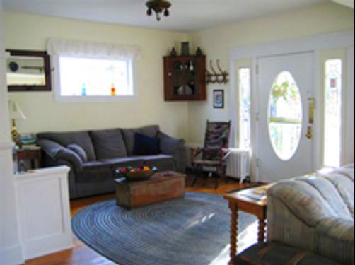 Rose River Inn B&B - Astoria - Living room