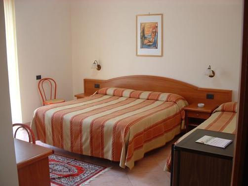 Aspra Mare - Bagheria - Bedroom