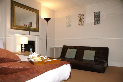 Eaton Square Hotel - London - Bedroom