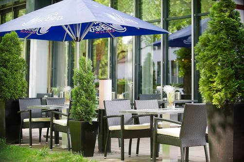 Park Inn by Radisson Cologne City West - Cologne - Outdoors view