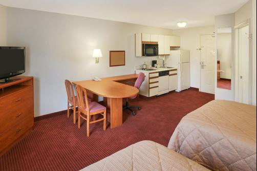 Days Inn and Suites Green Bay WI. - Green Bay - Double room