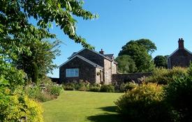 Monmouthshire Holiday Cottage and Barn