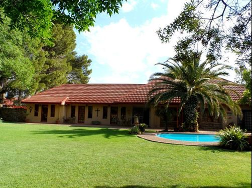 A Cherry Lane Self Catering and B&B - Bloemfontein - Outdoors view