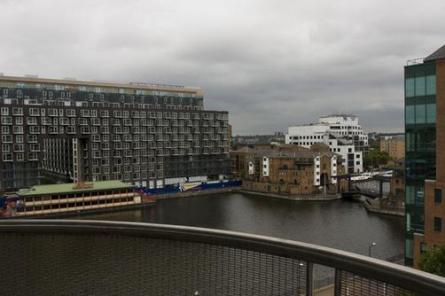 Millharbour Serviced Apartments - House Of Moli - London - Building