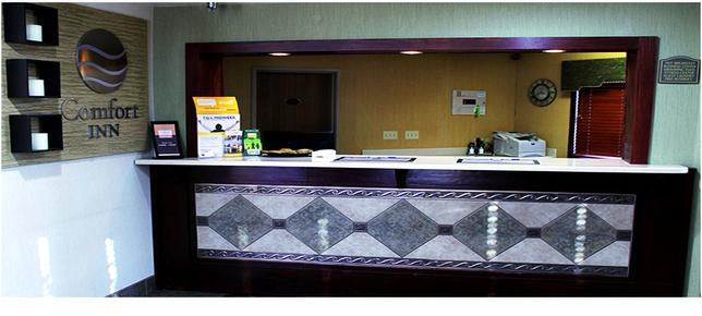Comfort Inn - Pierre - Front desk