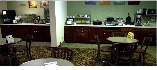 Comfort Inn - Pierre - Food