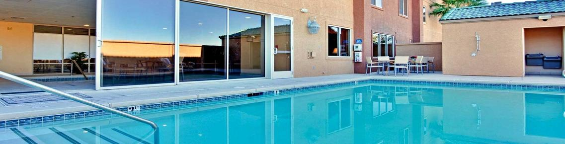 Holiday Inn Express Las Vegas-Nellis - Las Vegas - Pool