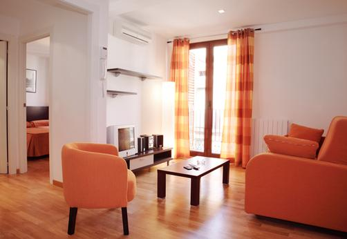 MH Apartments Liceo - Barcelona - Living room
