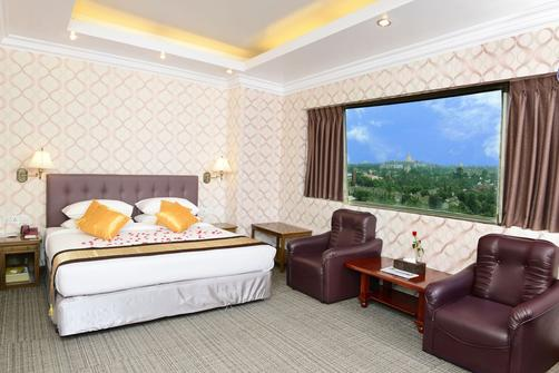 Hotel Grand United (Ahlone Branch) - Yangon - Bedroom