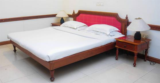ATS Willingdon Hotel - Kochi - Bed
