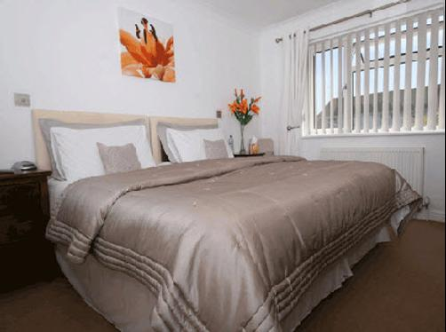 Abbey House B&B - Burgess Hill - Bed