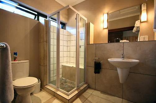 Quinze Guesthouse - Nelspruit - Bathroom