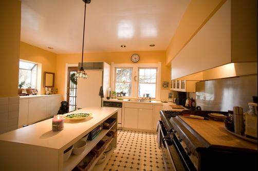 The Guest House - Perrysburg - Kitchen