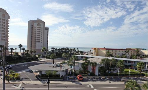 Clearwater Beach Hotel Suites - Clearwater Beach - Destination