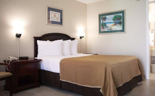 Clearwater Beach Hotel Suites - Clearwater Beach - Bed