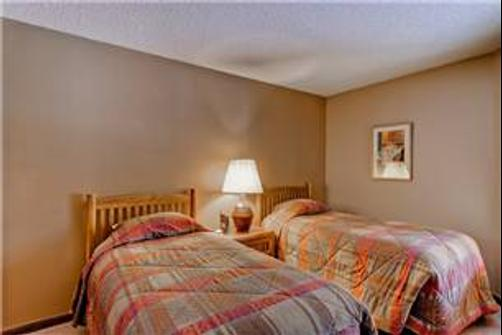 Tyra II by Wyndham Vacation Rentals - Breckenridge - Bed