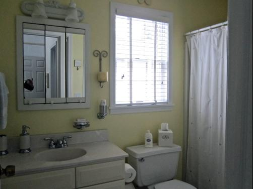 Blessings by the beach - Frankfort - Bathroom