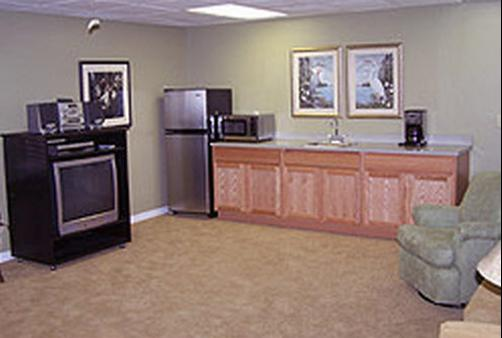 Hontoon Landing Resort & Marina - Deland - Living room