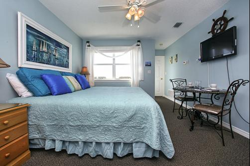 The Beach House of Stress Relief - Destin - Bedroom