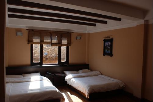 Bhadgaon Guest House - Bhaktapur - Bedroom