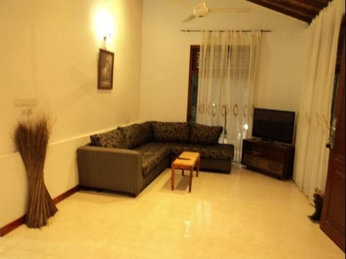 Hotel Rock Face - Kalutara - Living room
