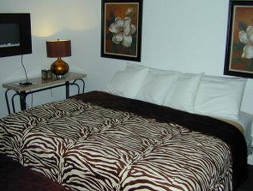 Miami Resort Motel - Canandaigua - Bedroom
