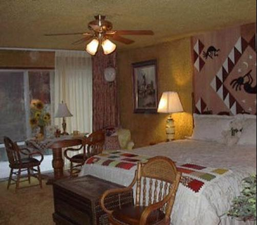 A Country Retreat Bed and Breakfast - Brookings - Bedroom