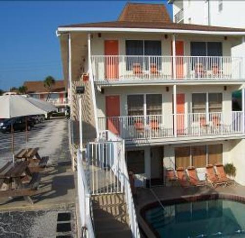 Royal Holiday Beach Motel - Daytona Beach Shores - Pool