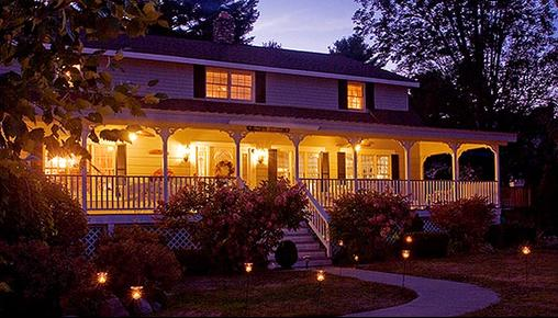 Schroon Lake Bed and Breakfast - Schroon Lake - Building
