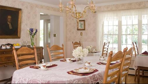 Schroon Lake Bed and Breakfast - Schroon Lake - Restaurant