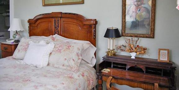 Adele's Virginia Highland Bed & Breakfast - Atlanta - Bedroom